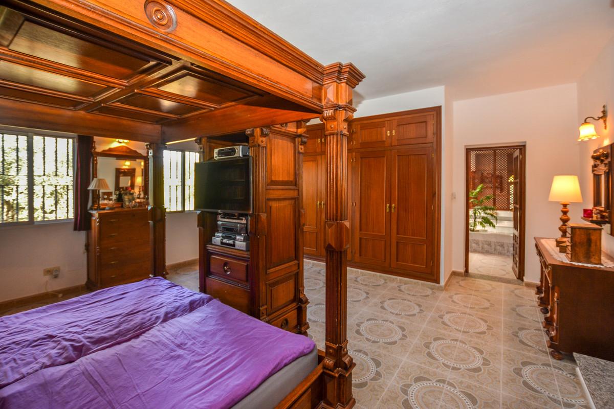 Photo of property R3690005, 7 de 43