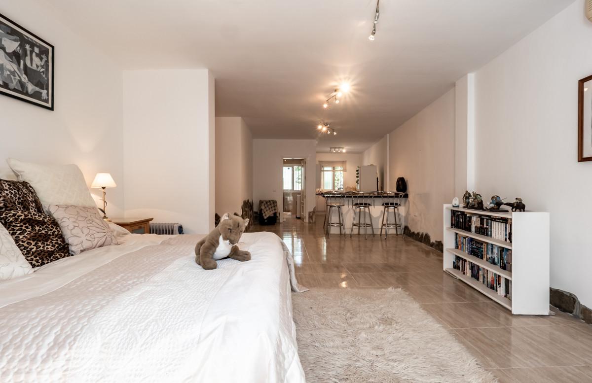 Photo of property R3823630, 15 de 29