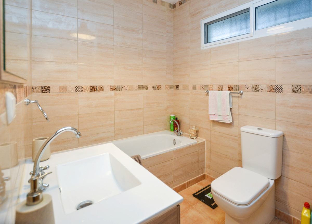 Photo of property R3750037, 10 de 25