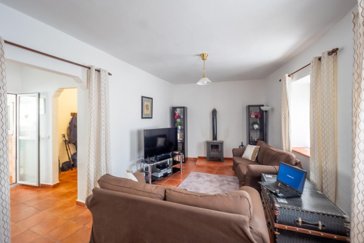 Photo of property R3833335, 3 de 20