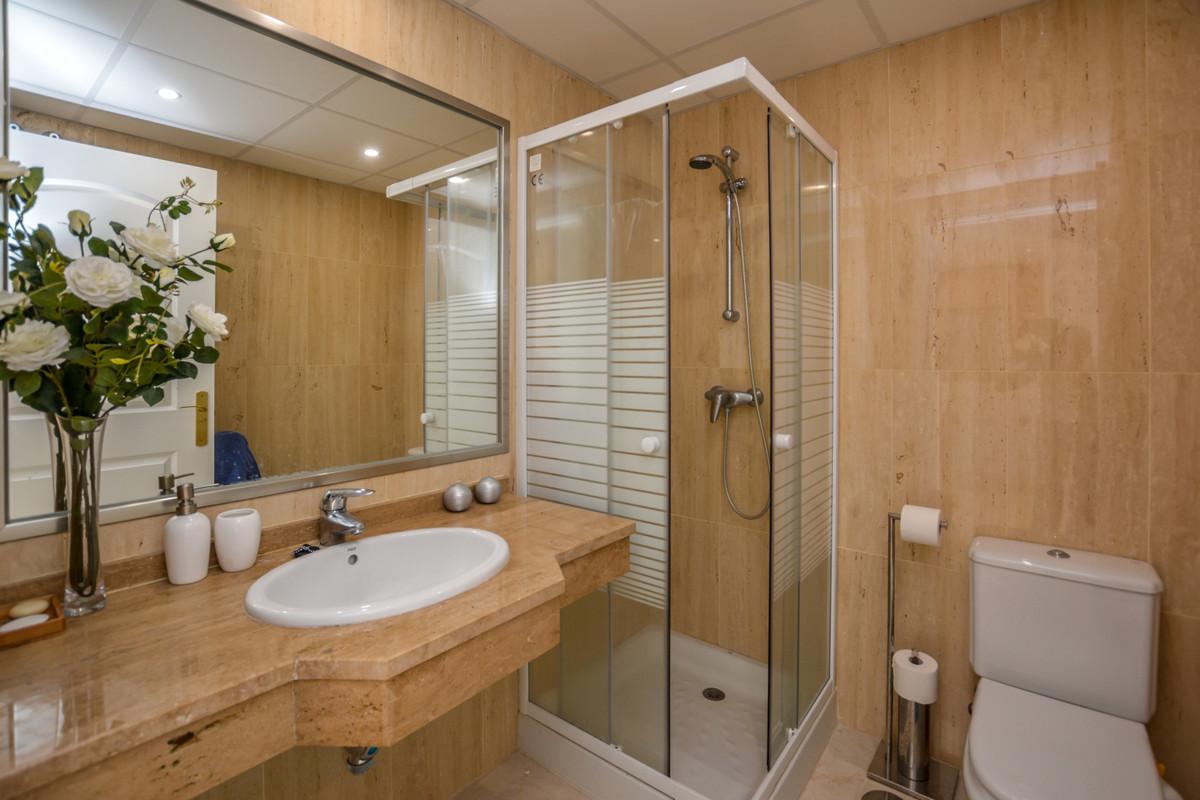R3539848: Apartment - Middle Floor for sale in Elviria