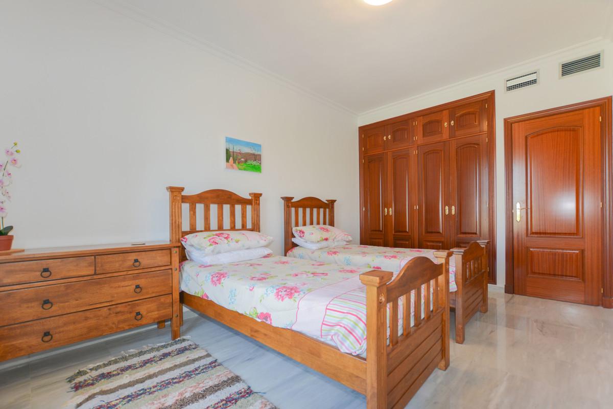Photo of property R3710768, 11 de 32