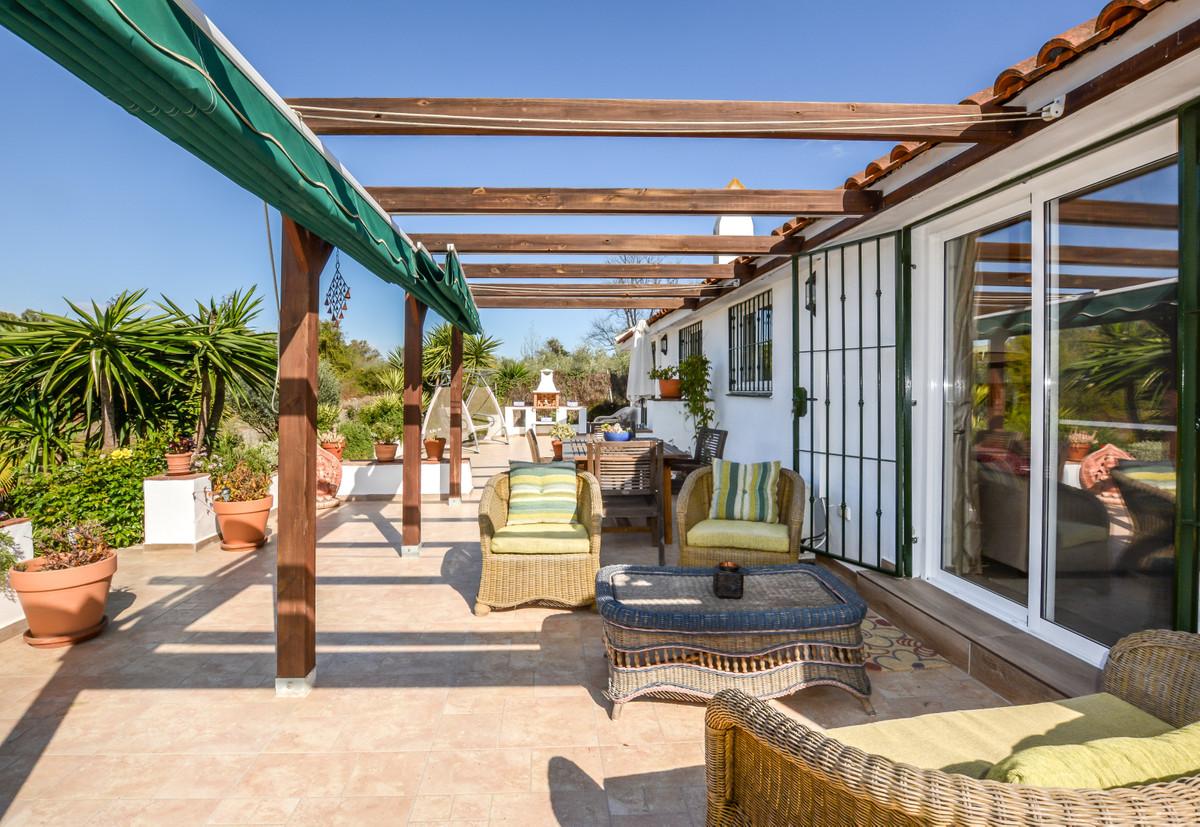 3 Bedroom Finca Villa For Sale Coín