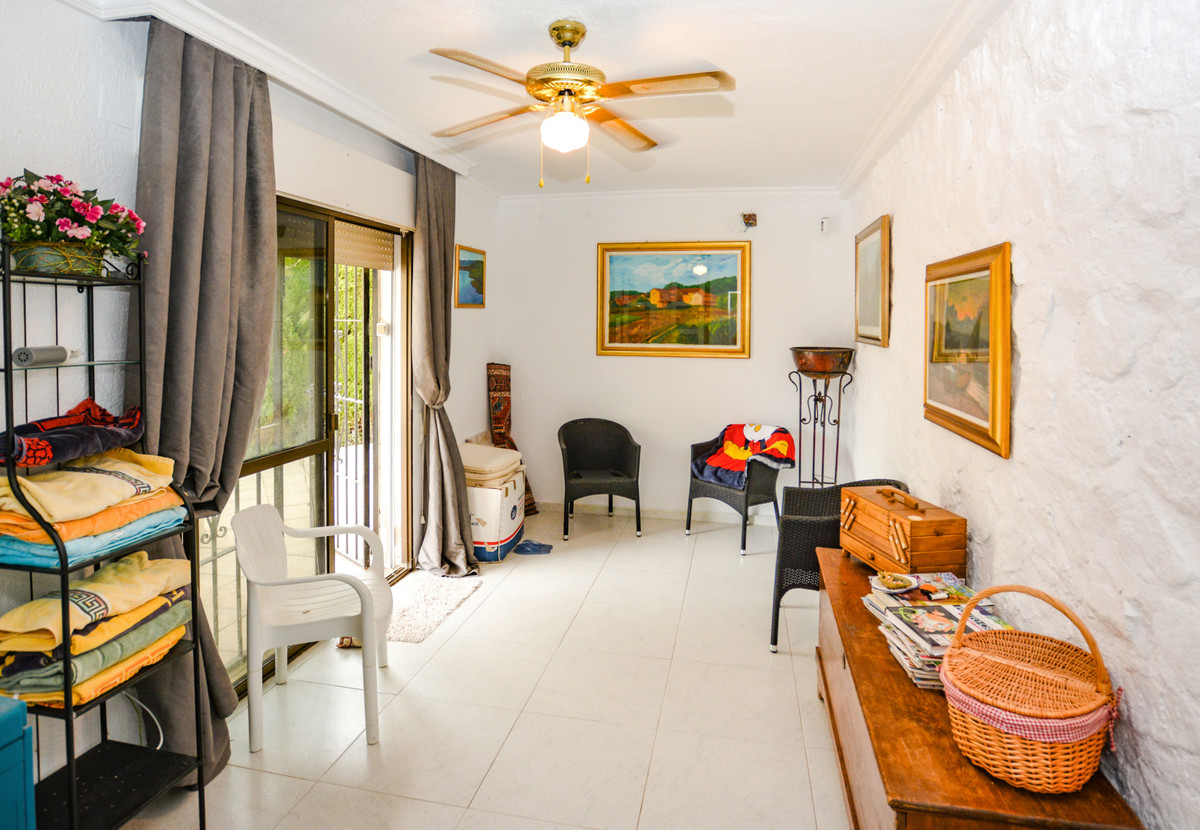 R3719174: Villa - Detached for sale in Sierrezuela