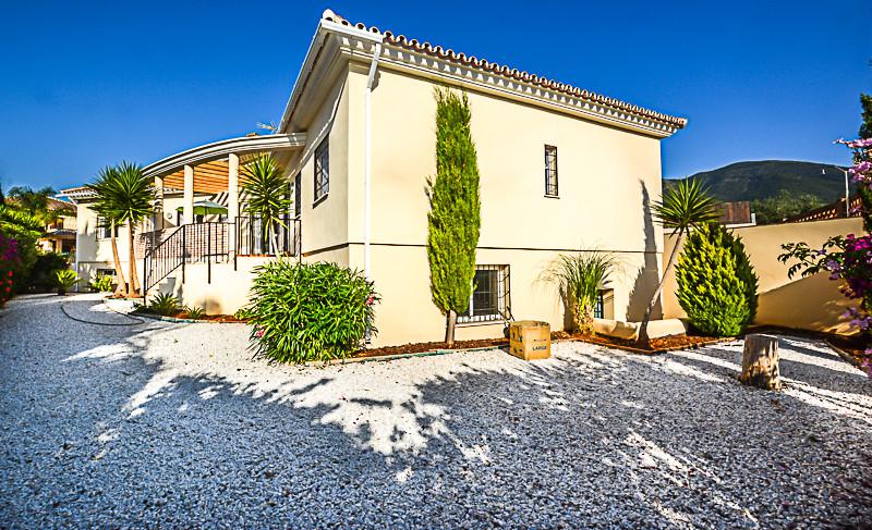 Ref:R3208648 Villa - Detached For Sale in Alhaurín el Grande
