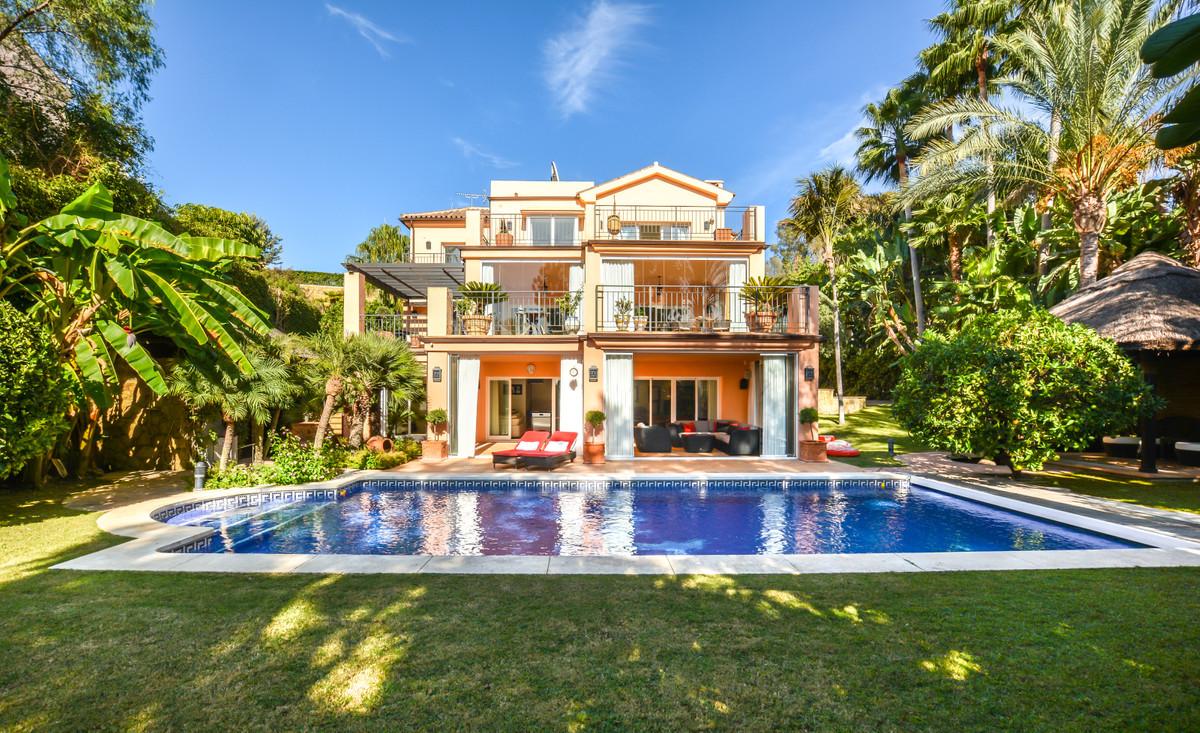 Detached Villa for sale in El Rosario R3522640