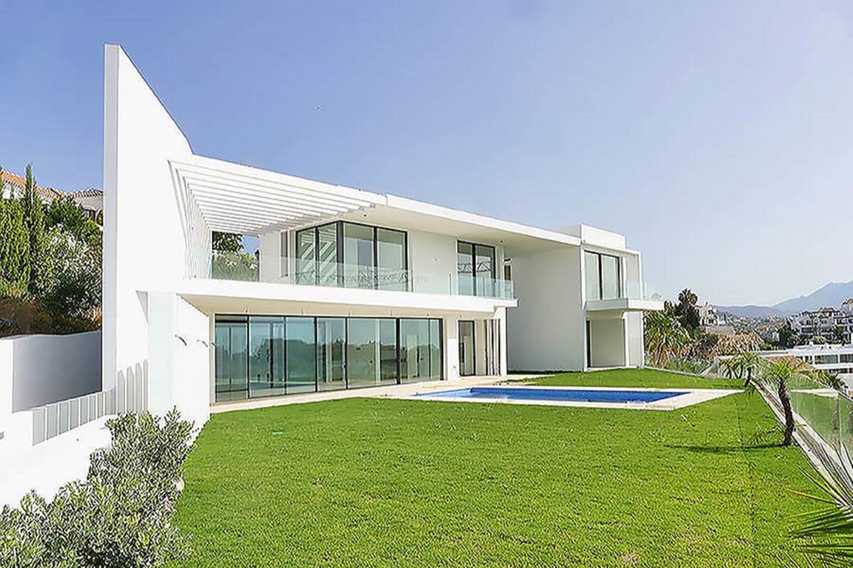 Ref:R3351361 Villa - Detached For Sale in Benahavís