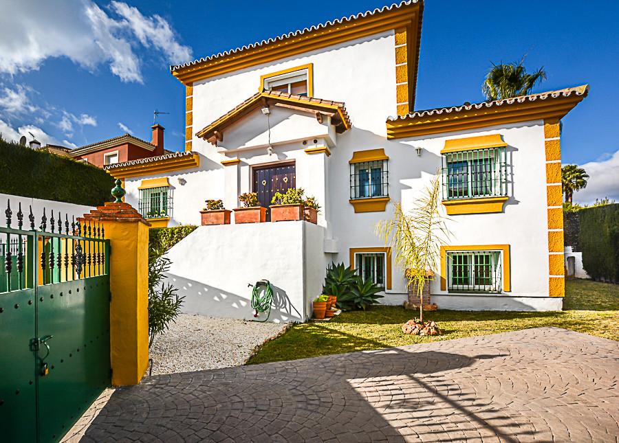 House in Coín R3077977 2