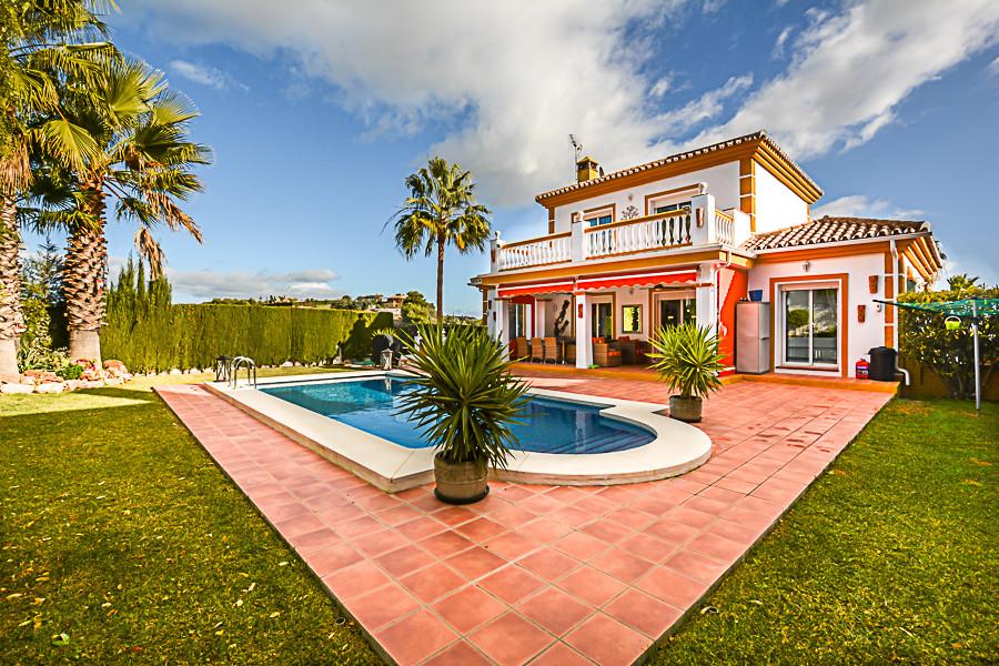 House in Coín R3077977 27