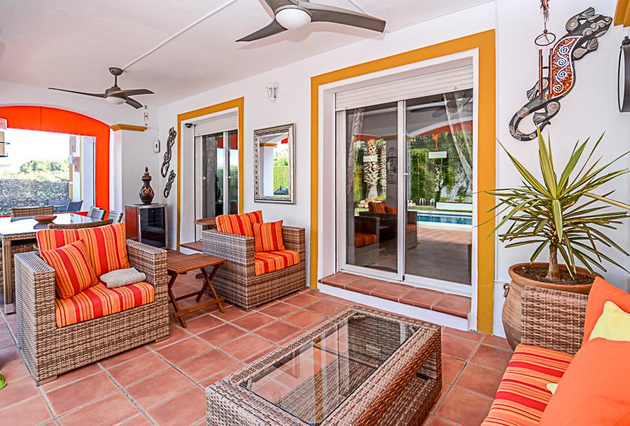 House in Coín R3077977 8