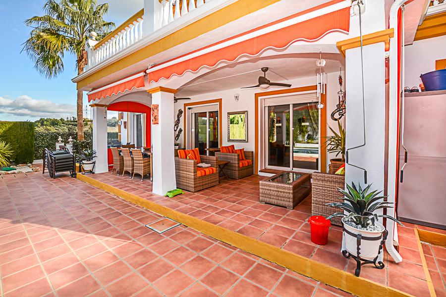 House in Coín R3077977 9