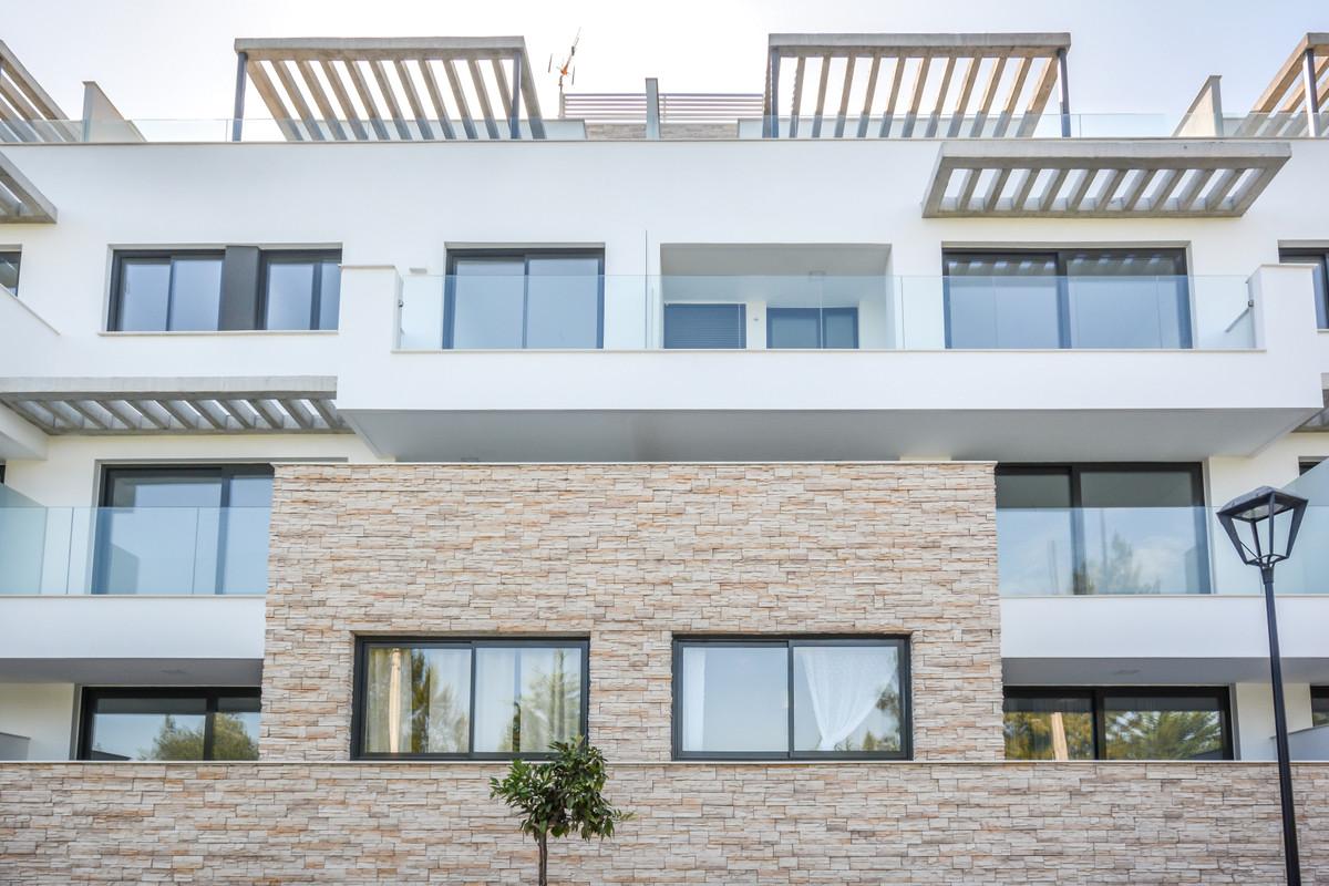 Ref:R3297058 Apartment - Middle Floor For Sale in La Cala de Mijas