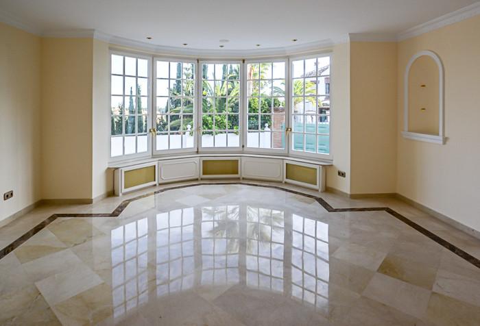 4 Bedroom Villa for sale Elviria