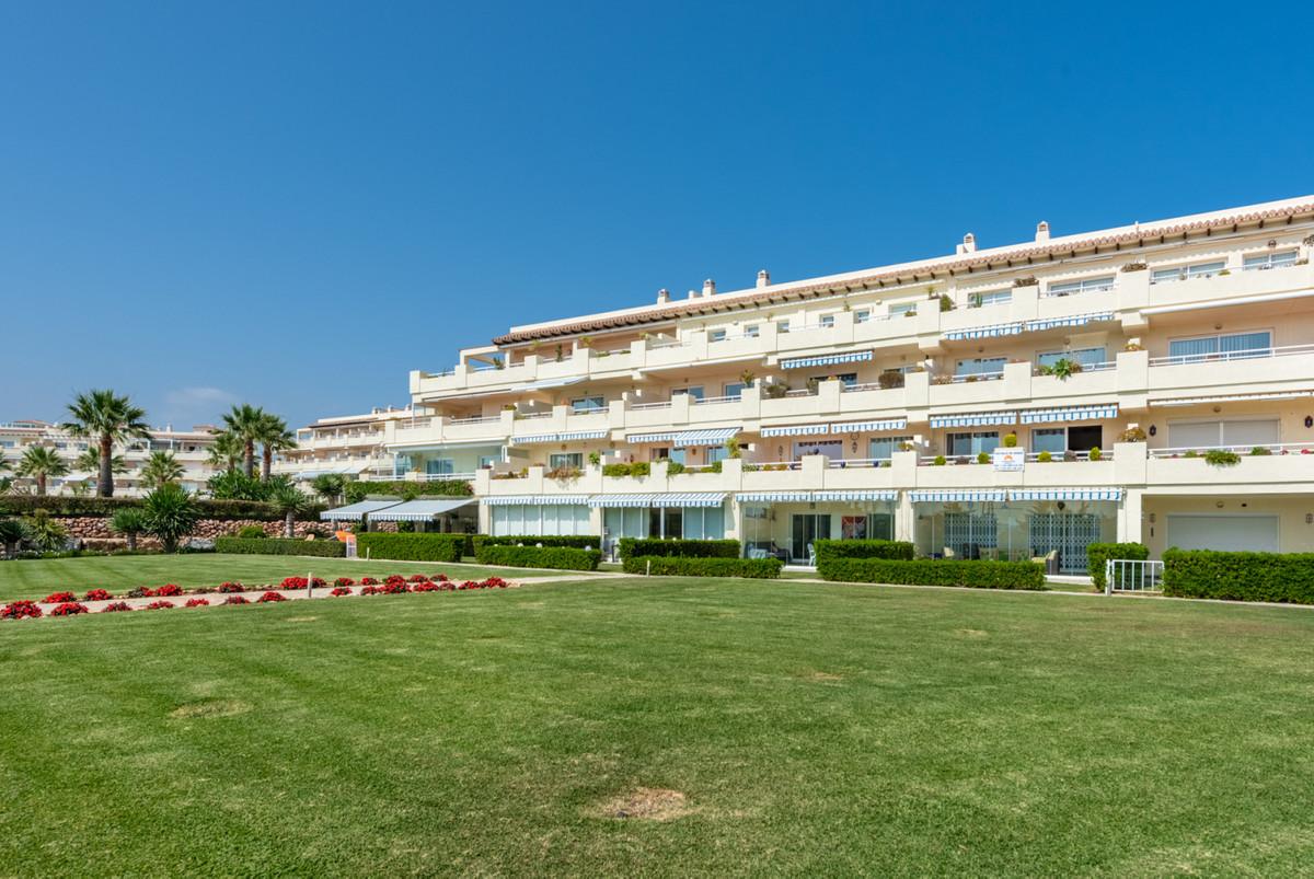 Ref:R3209338 Apartment - Middle Floor For Sale in Mijas Costa