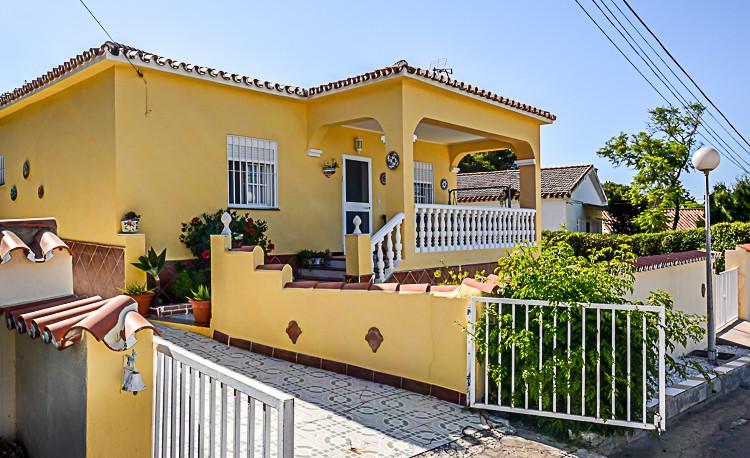 Villa - Chalet en Coín R2731847