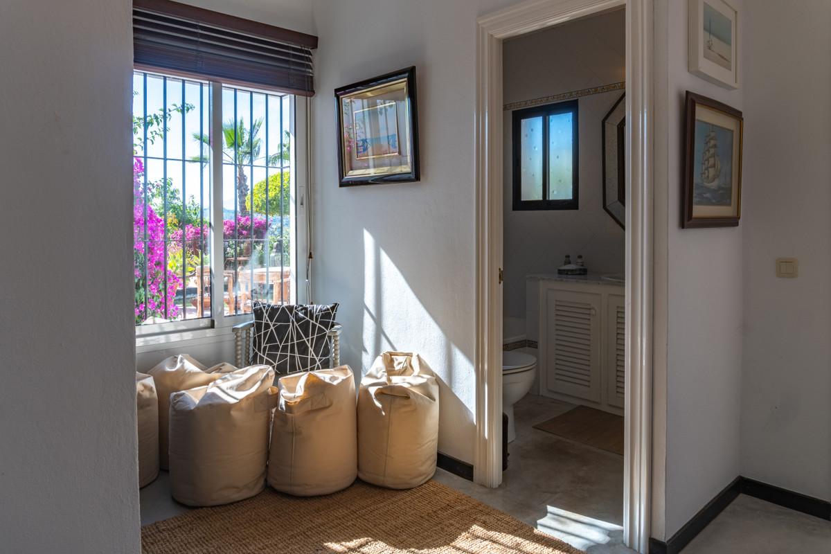House in Alhaurín el Grande R3694220 19