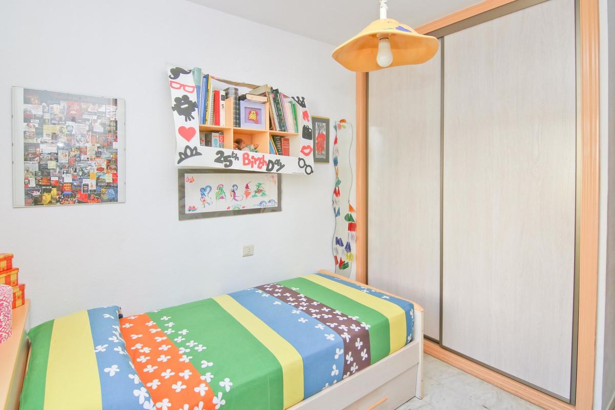 Unifamiliar con 4 Dormitorios en Venta Campo Mijas