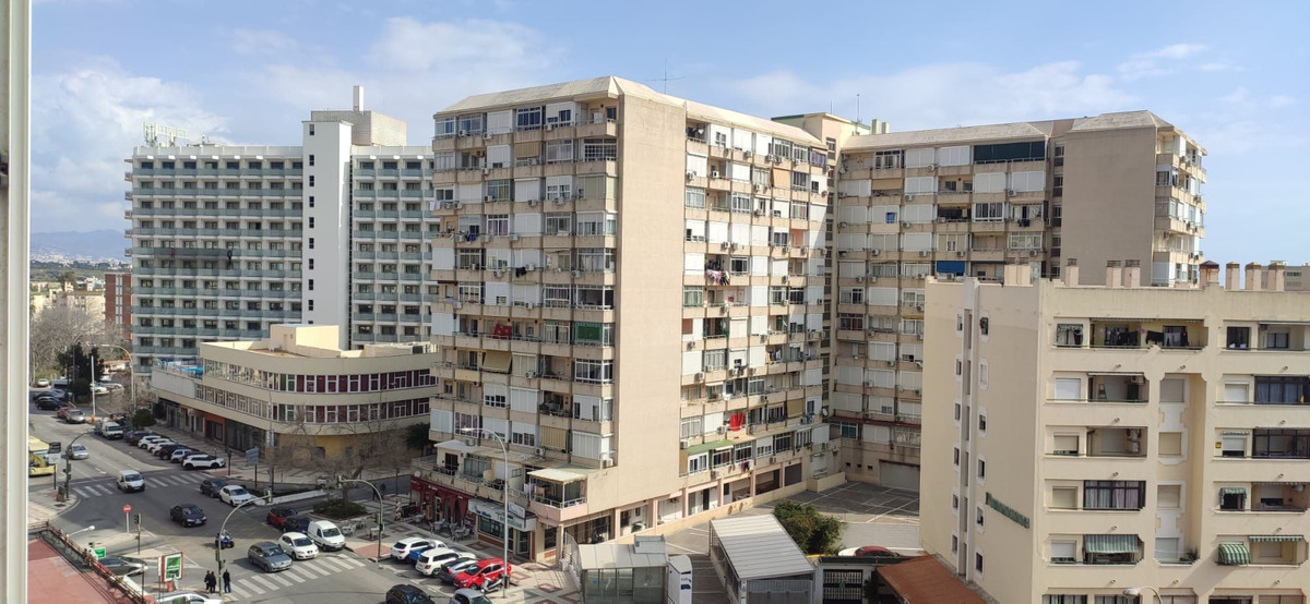 If your looking for a centrally located towncentre property investment in Torremolinos then this is ,Spain