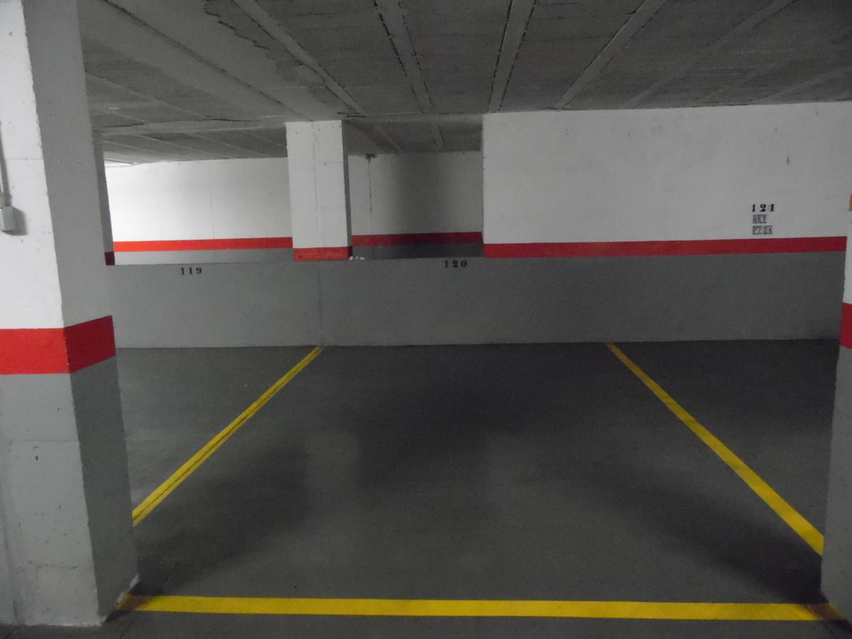 Garage for sale in Calahonda