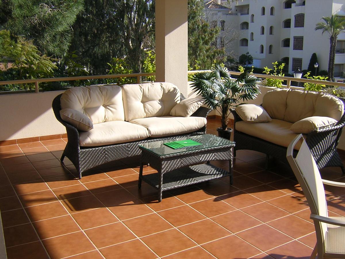 Apartamento  Planta Media en venta   en Elviria