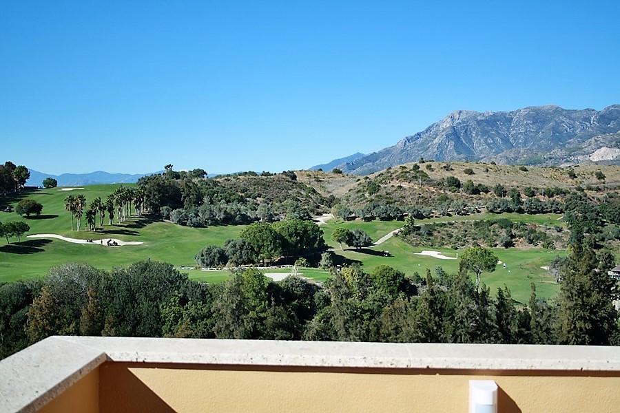 BREATH TAKING PANORAMIC VIEWS OF SANTA CLARA GOLF  Semi-detached villa for sale in Santa Clara Urban,Spain