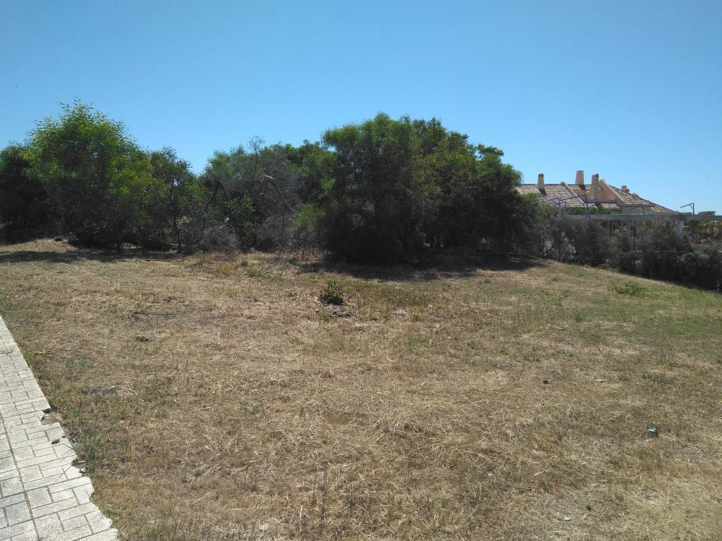 Residential Plot in Calahonda