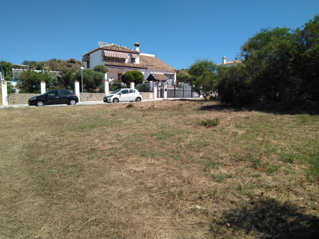 Terreno Urbano en Calahonda