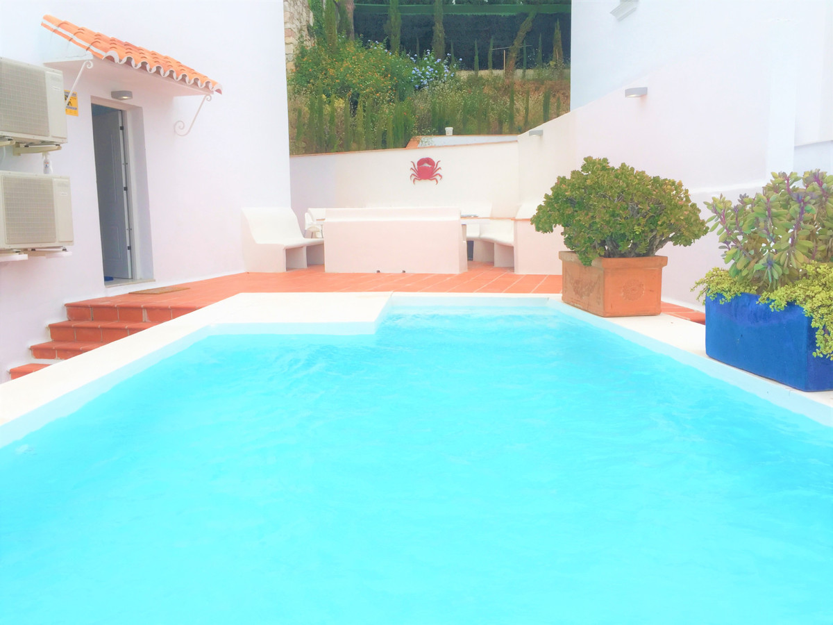 Villa  Pareada en venta  y en alquiler   en Artola