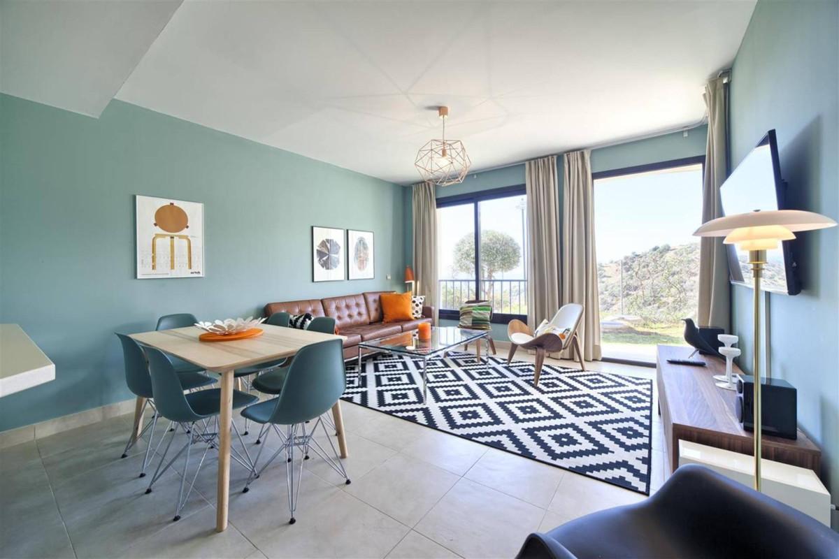 Apartamento 2 Dormitorios en Venta Altos de los Monteros