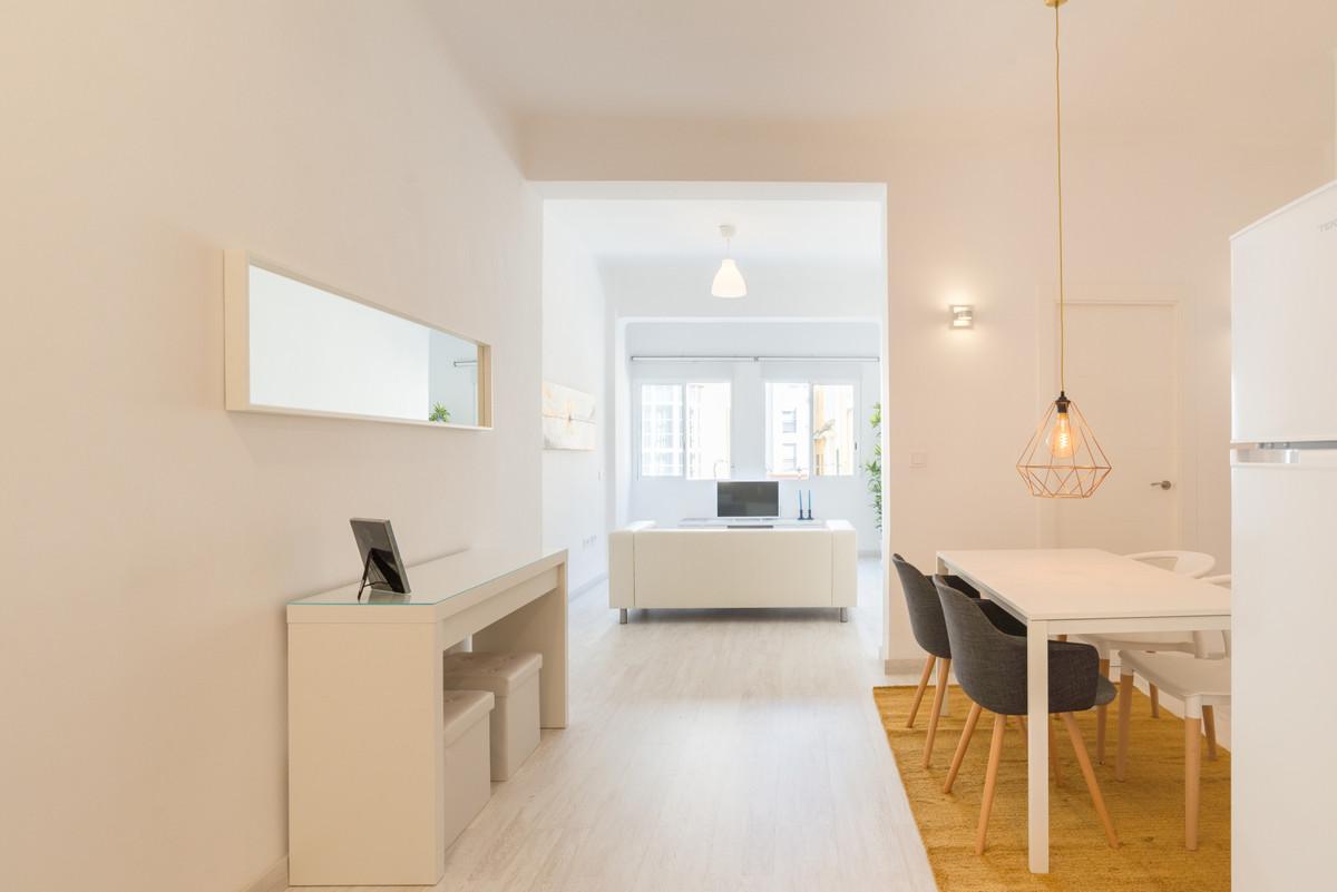 Apartamento con 3 Dormitorios en Venta Málaga