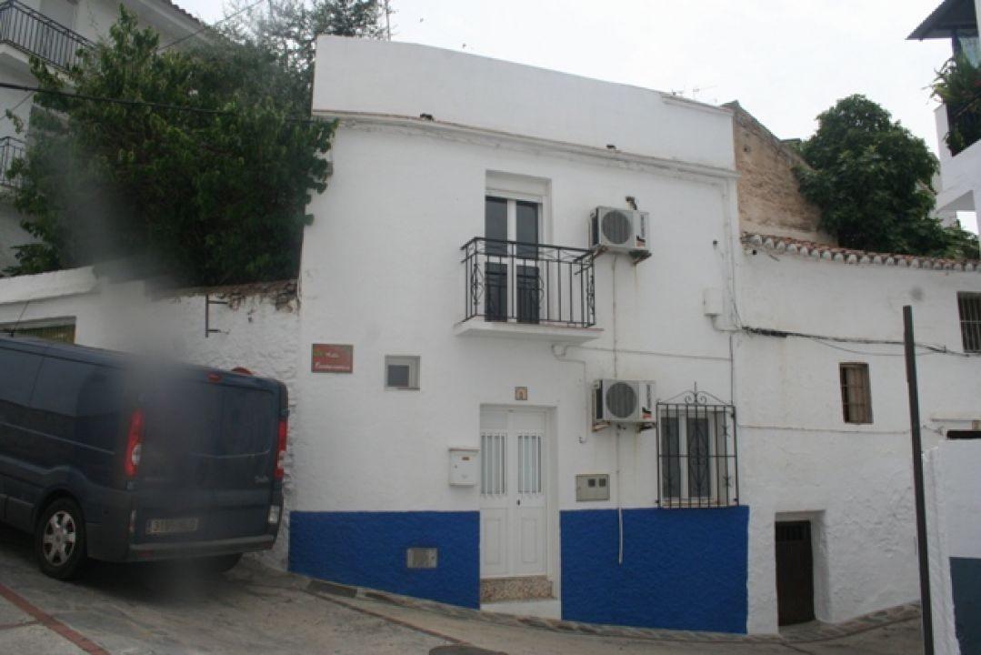 Townhouse - Arenas