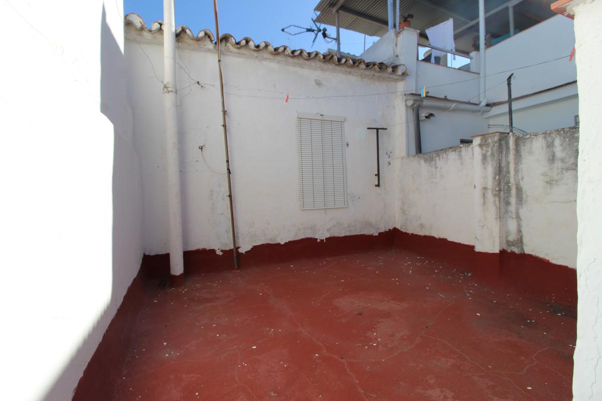 4 Dormitorios - 1 Baños
