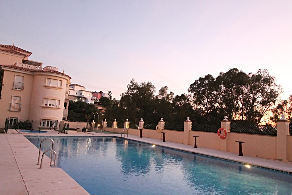 Ground Floor Apartment, Los Pacos, Costa del Sol. 2 Bedrooms, 2 Bathrooms, Built 123 m², Terrace 6 m,Spain