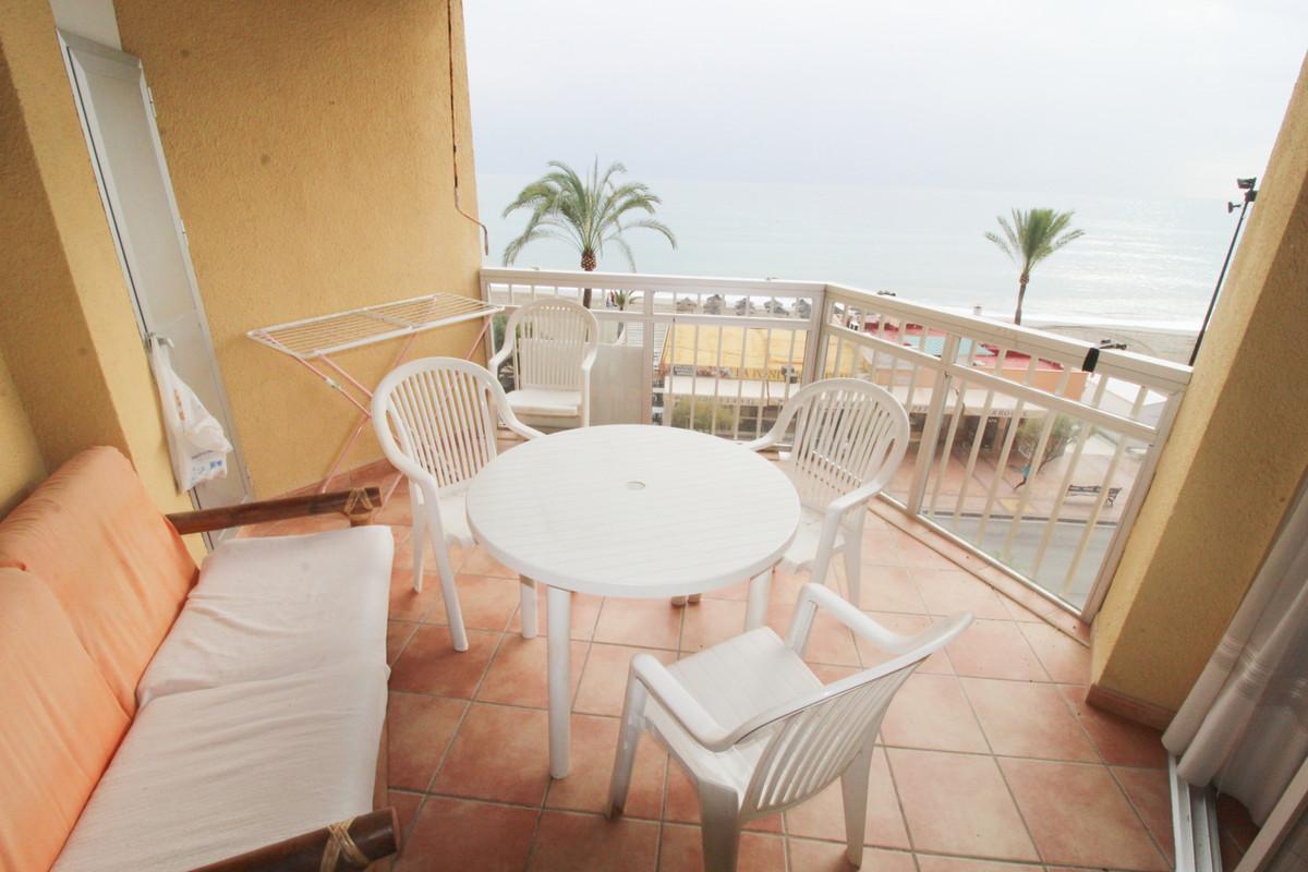 Middle Floor Apartment, Fuengirola, Costa del Sol. 1 Bedroom, 1 Bathroom, Built 55 m2;, Terrace 6 m2,Spain