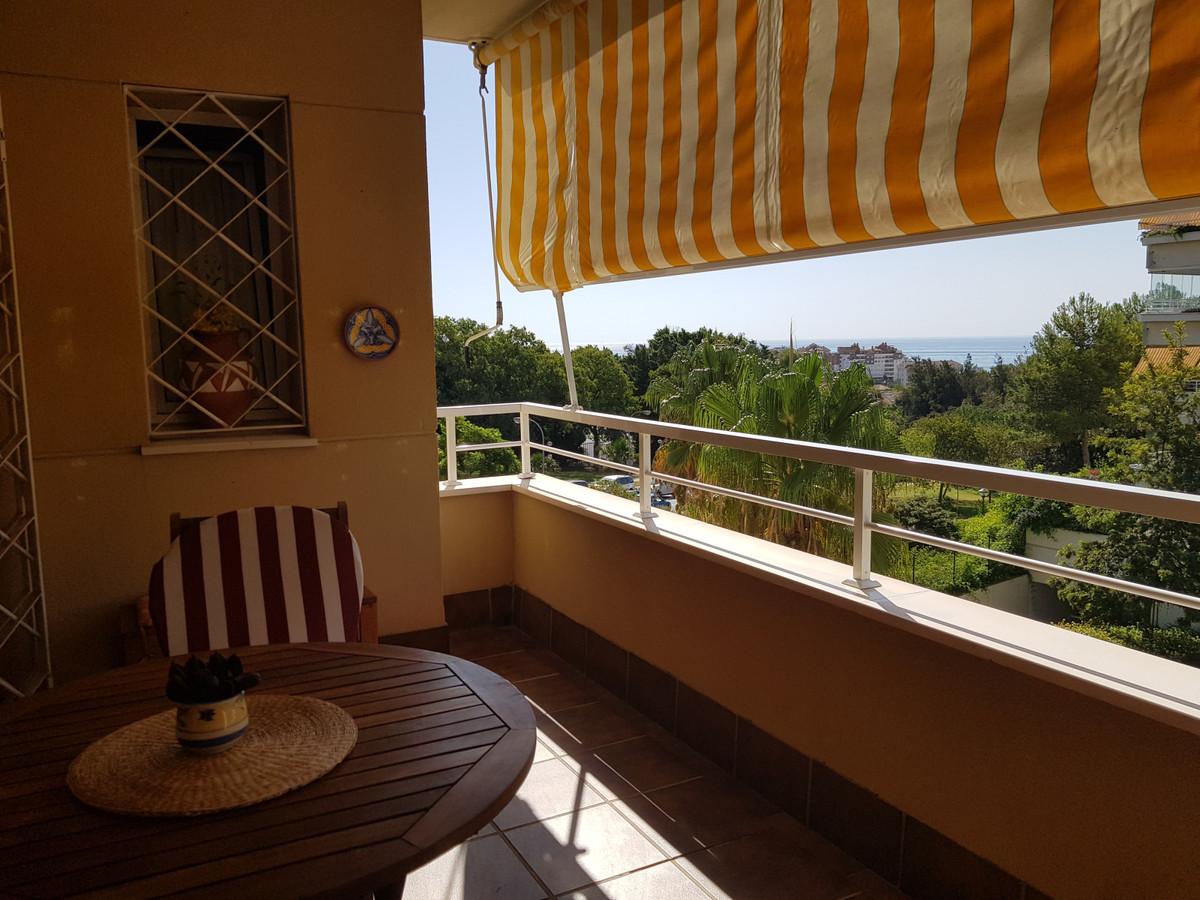 Apartment in Bellavista area in Benalmadena, near the center of the town.  A nice corner apartment i,Spain