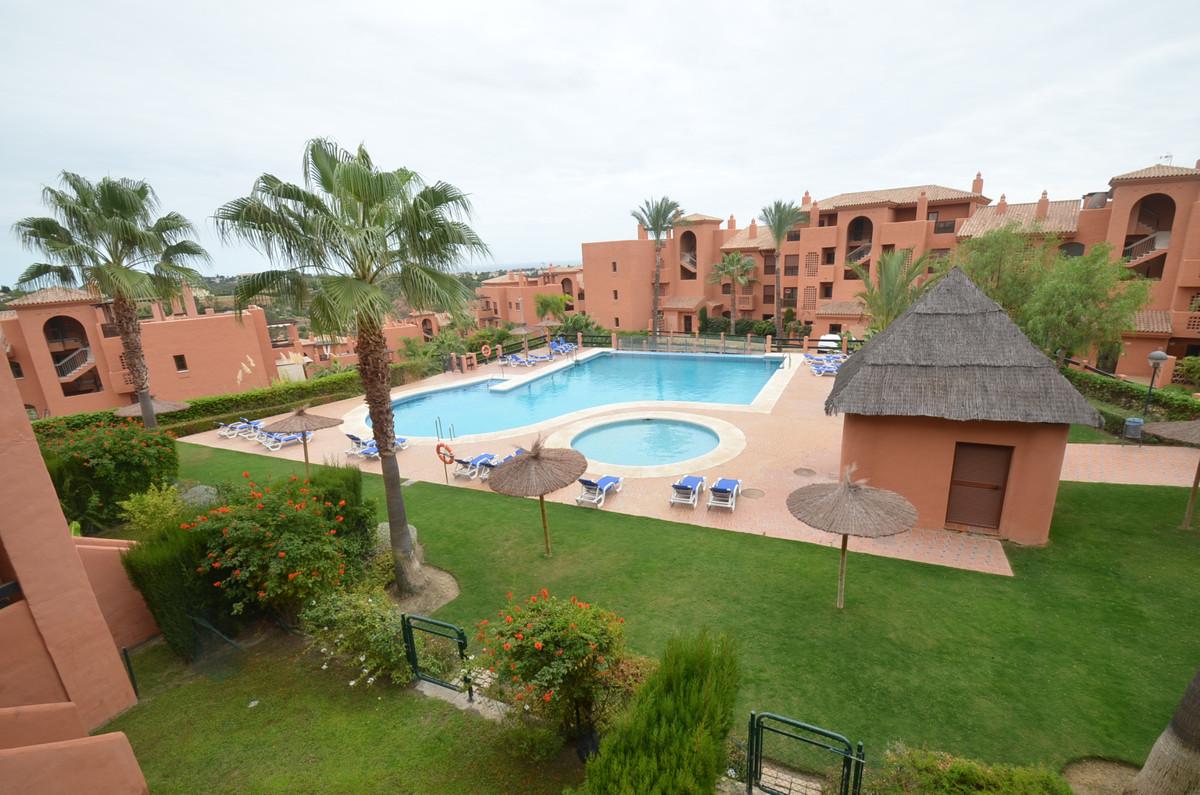Penthouse, Benahavis, Costa del Sol. 3 Bedrooms, 2 Bathrooms, Built 0 m².  Setting : Close To Golf, ,Spain