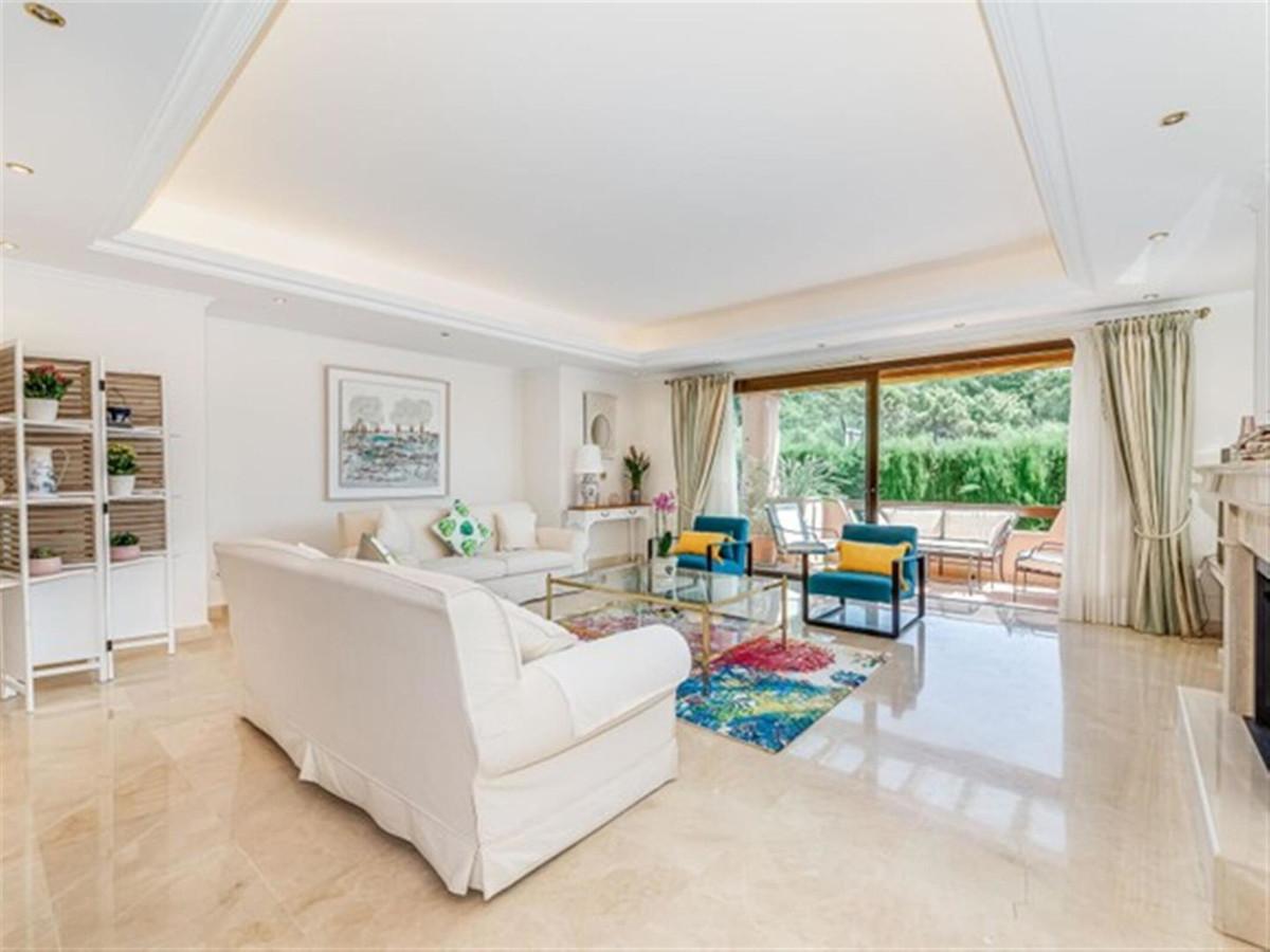 4 Bedroom Villa For Sale - Sierra Blanca
