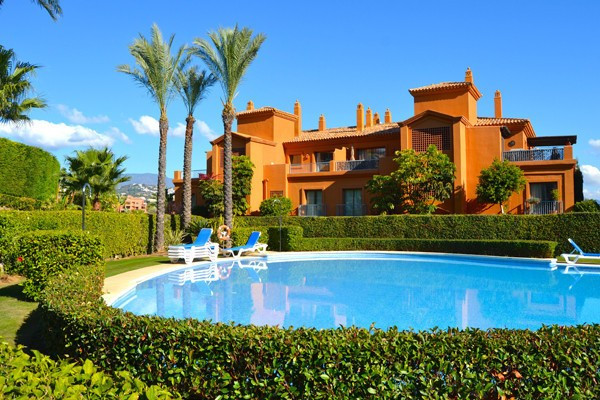 Ground Floor Apartment, Atalaya, Costa del Sol. 2 Bedrooms, 2 Bathrooms, Built 114 m², Terrace 36 m²,Spain
