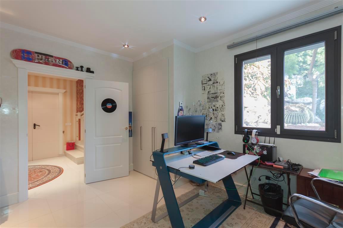Hus in Marbella R2874281 13