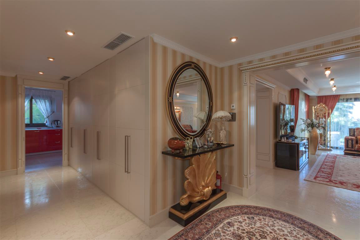 House in Marbella R2874281 6