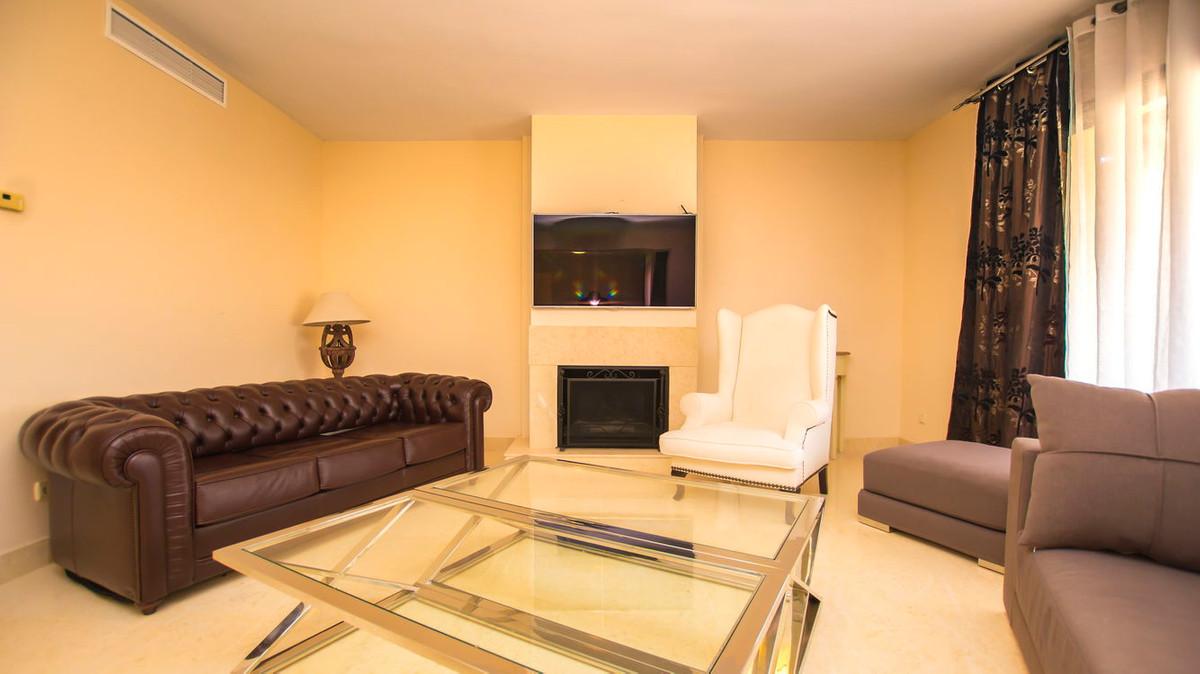 Lejlighed in Benahavís R2830568 3