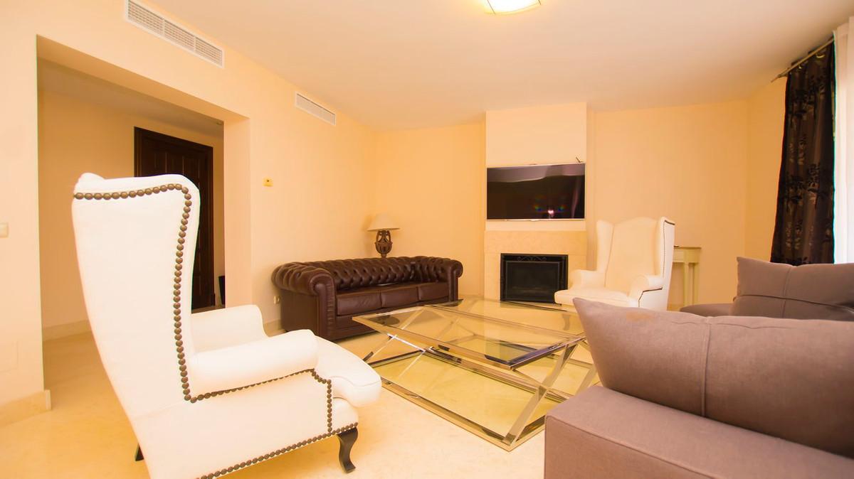 Lejlighed in Benahavís R2830568 5