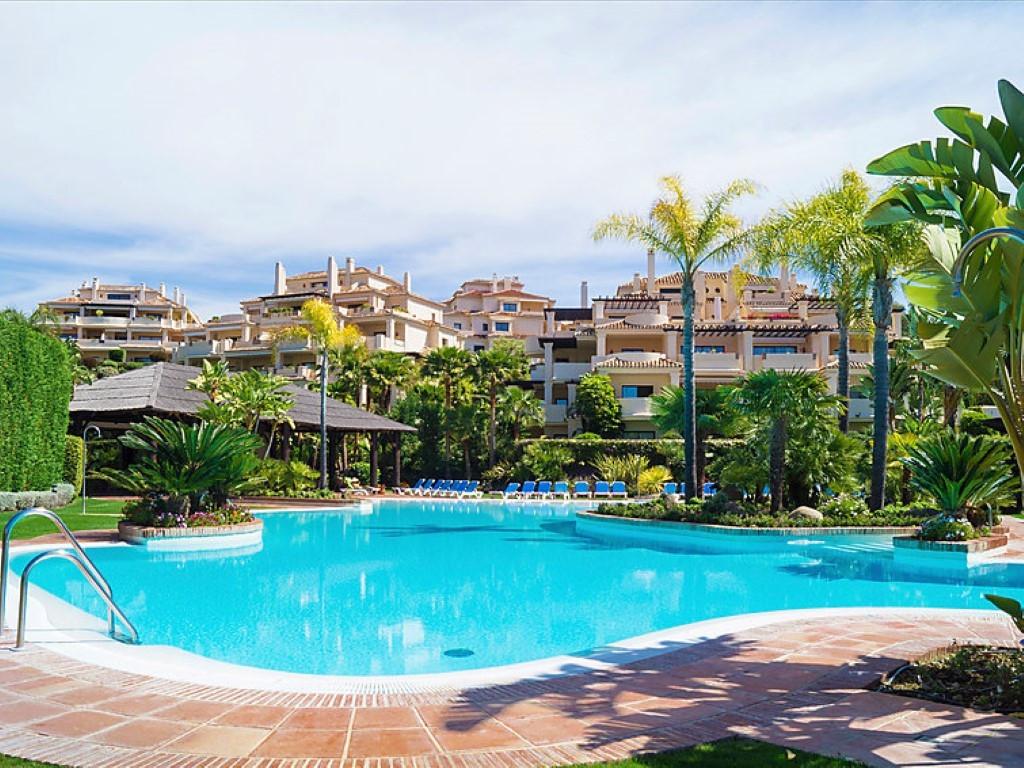 Ground Floor Apartment, Benahavis, Costa del Sol. 2 Bedrooms, 2 Bathrooms, Built 120 m², Terrace 55 ,Spain