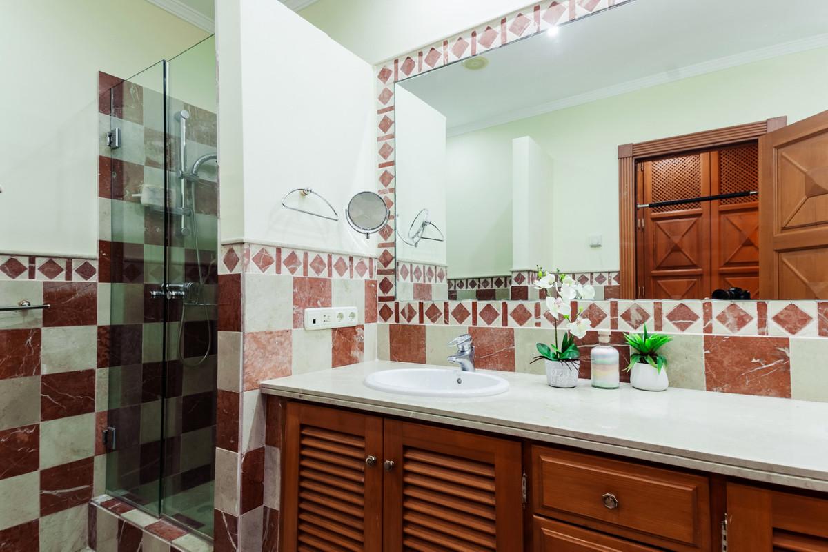4 Dormitorio Chalet En Venta - La Zagaleta, Benahavis