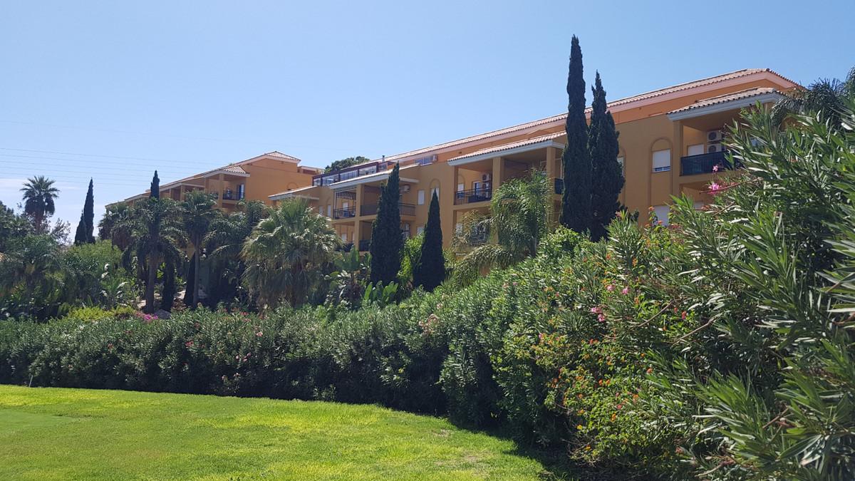 2 Bedroom Middle Floor Apartment For Sale Miraflores, Costa del Sol - HP3506860
