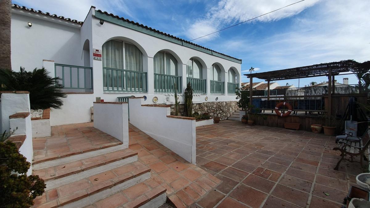 UNIQUE VILLA WALKING DISTANCE TO LA CALA! Recently renovated contemporary villa within 5 minutes wal,Spain