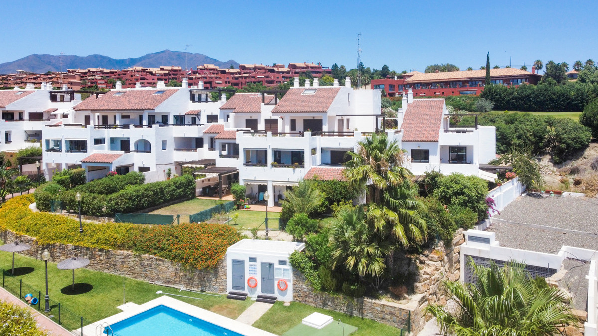 Modern and spacious duplex penthouse apartment located just a 200 metre walk (3 minutes) to general ,Spain