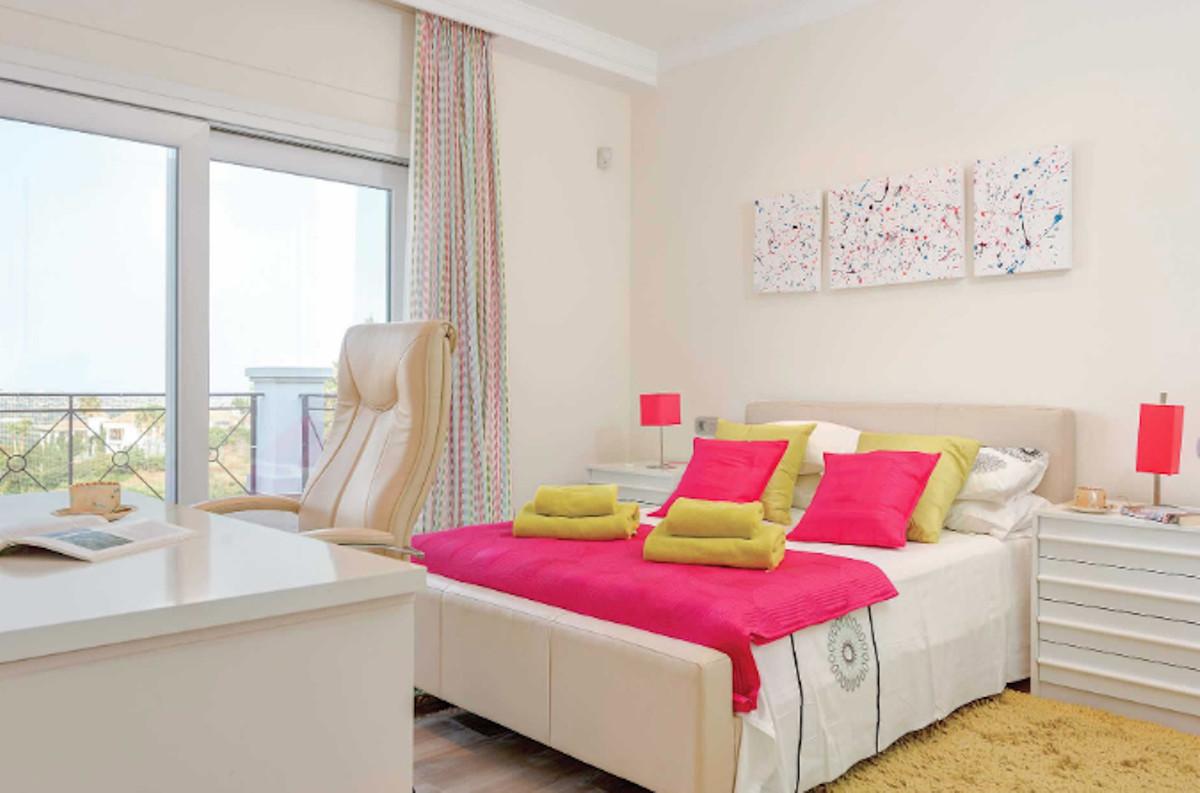 Villa con 6 Dormitorios en Venta La Cala Golf