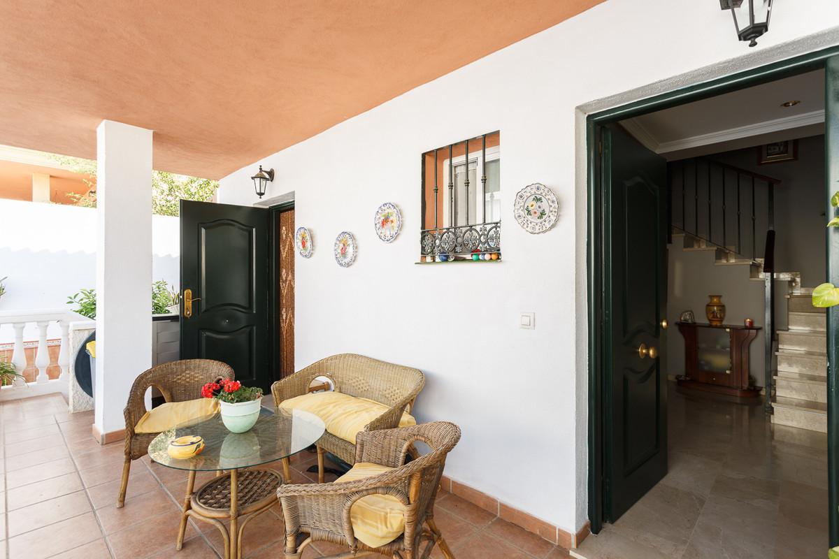 Villa in Campanillas