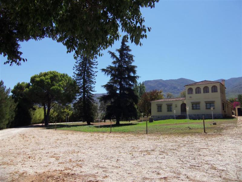 Вилла в Альхаурин ель Гранде